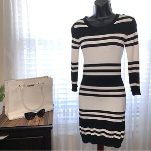 Black & White sweater dress French Connection 2
